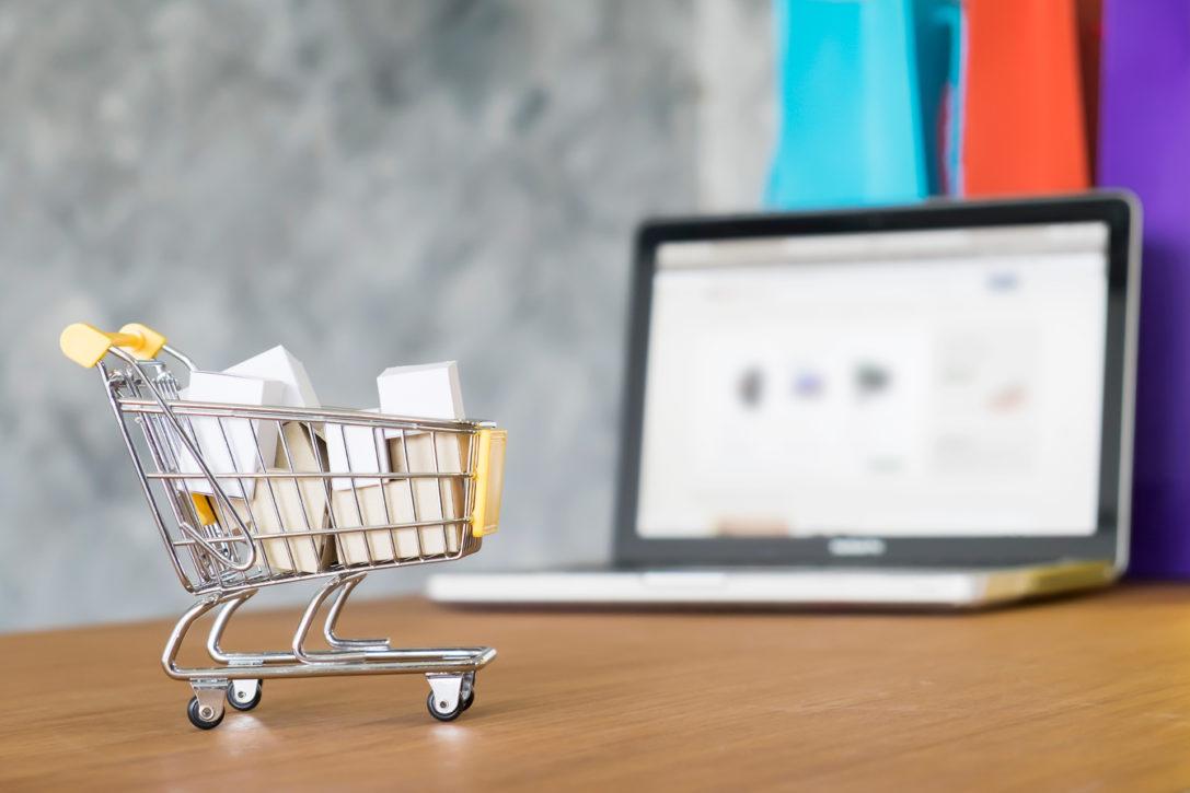 ¿Cómo hacer una tienda online 100% legal?